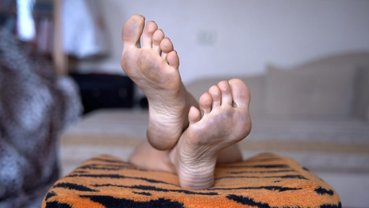 dirty female feet and soles