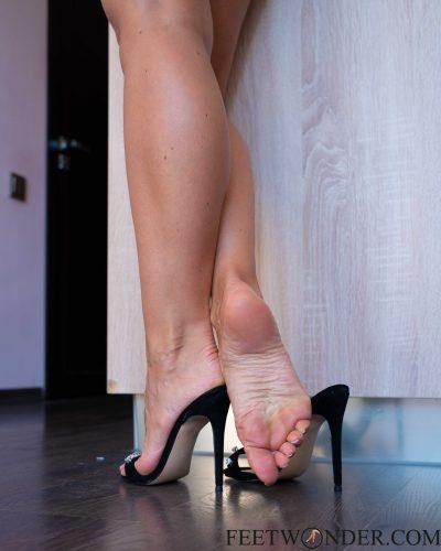 Amazing Feet And High Heels